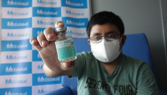 Roger Huaya, de 23 años, fue diagnosticado con hemofilia a los ocho meses de nacido. Foto: EsSalud