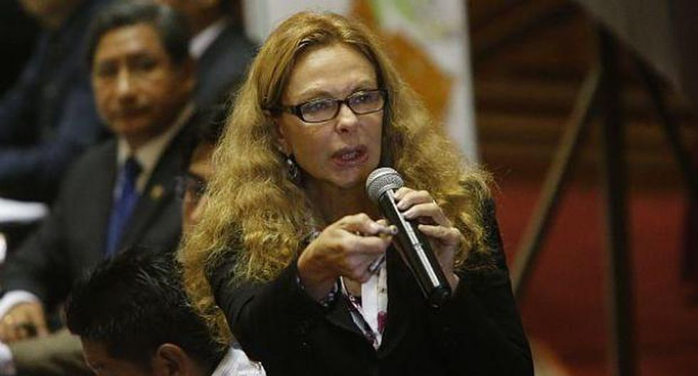 """La ex primera dama Eliane Karp resaltó que """"todo ser humano es inocente hasta probado culpable"""". (Foto: GEC)"""