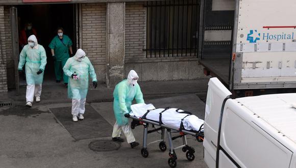 Confirman el fallecimiento de 11 peruanos a causa del coronavirus en España. (Foto referencial: AFP/Oscar Del Pozo)