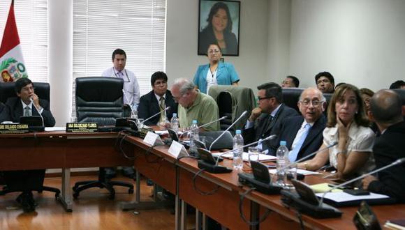 Representantes de las AFP en su primera presentación en el Congreso. (David Vexelman)