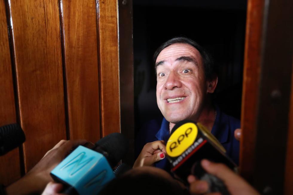 """Yo creo que aquí nos están atacando, ahí está Fuerza Popular y el APRA, yo no descarto nada, porque siempre me han atacado"""", señaló Lescano. (Foto: Lino Chipana / GEC / Video: Canal N)"""