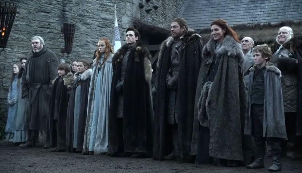 """Se dice que la 'maldición' del rey Robert Baratheon cayó sobre los Stark en el primer episodio de la primera temporada de """"Game of Thrones"""". (Foto: Captura de video)"""