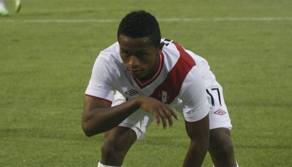 Yordy Reyna de Alianza Lima será el único delantero y será escoltado por Vargas y Hurtado. (USI)
