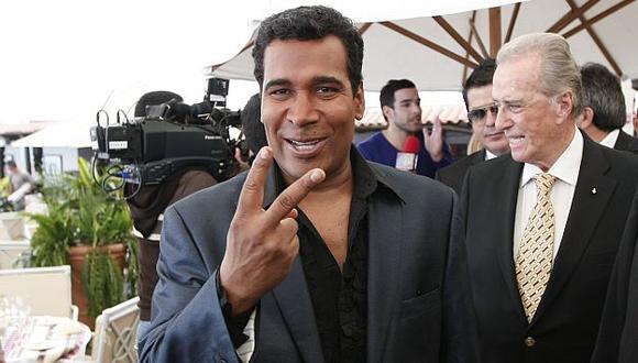 JB y Carlos Álvarez en la mira de Sabala. (Luis Gonzales)