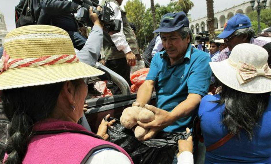 Más capacitación, menos asistencialismo. (MiguelIdeme/Perú21)