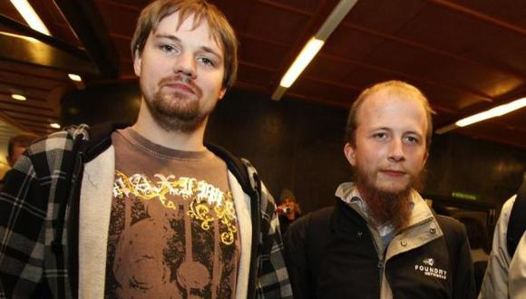 Svartholm (derecha) fue sentenciado a un año de cárcel en Suecia. (Reuters)