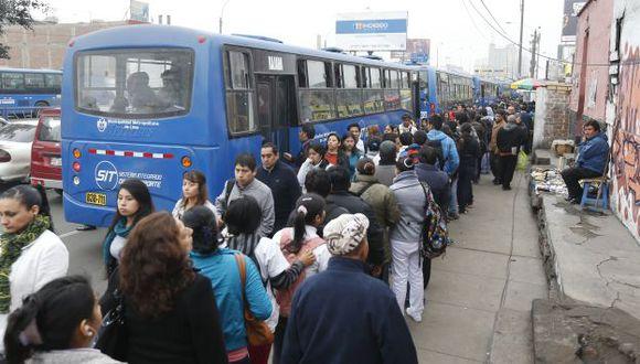 Desde este lunes comienza a operar el servicio 302 del Corredor Azul. (Perú21)