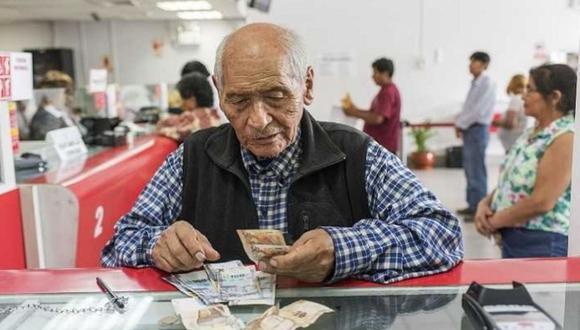 MEF también señaló que el Estado se debe comprometer a financiar el programa Pensión 65. (Foto: Andina)