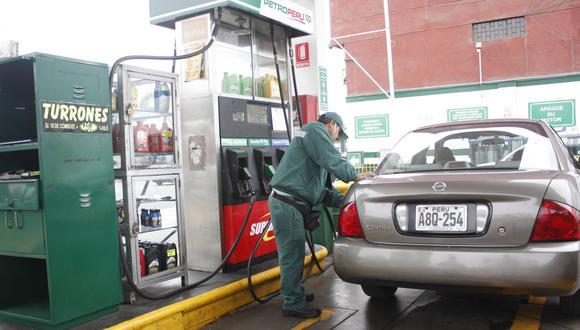 """""""Petroperú y Repsol subieron otra vez los precios de gasoholes y gasolinas entre S/ 0.18 o 1.1% y S/ 0.25 o 1.7% por galón"""", dijo Hector Plate, presidente de Opecu. (Foto: GEC)"""