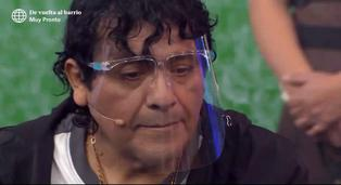 Toño Centella rompe en llanto al hablar de la muerte de su madre