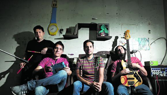 Catervas está compuesto por los hermanos Pedro (guitarra y voz), Raúl (bajo) y Javier Reyes (batería), y Juan Esquivel (sintetizador) (César Campos/Perú21).
