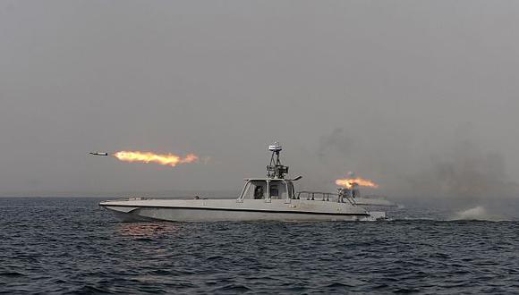 El anuncio de maniobras militares de Irán sería una provocación deliberada a EEUU. (AP)