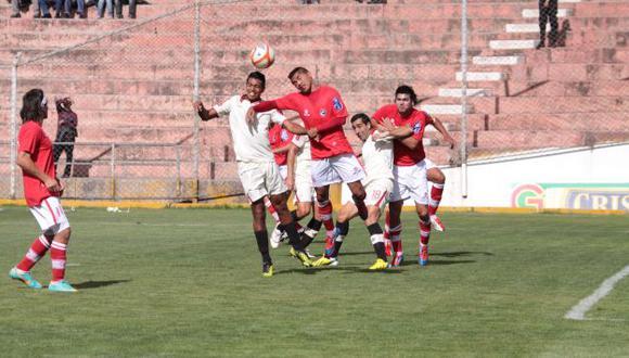 Un respiro. Merengues pudieron rescatar un empate en el Cusco, aunque siguen en deuda. (USI)