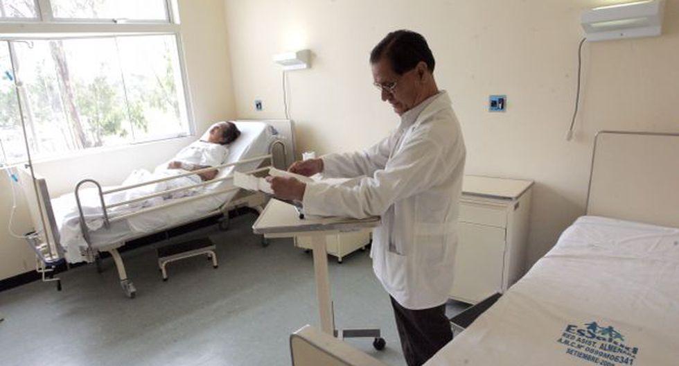 URGENTE. Congreso tiene en sus manos ley para mejorar el salario de los profesionales de la salud. (Difusión)