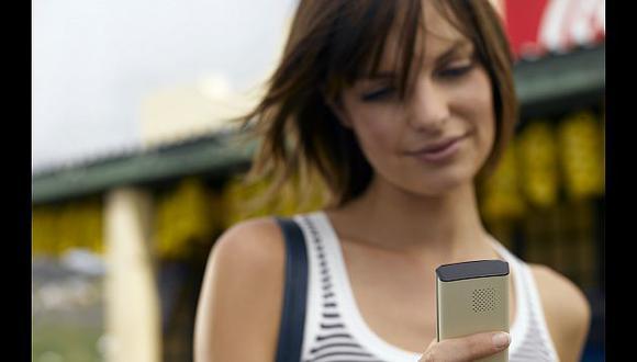 Estilista 2.0. Use el móvil y póngase bella. (Internet)
