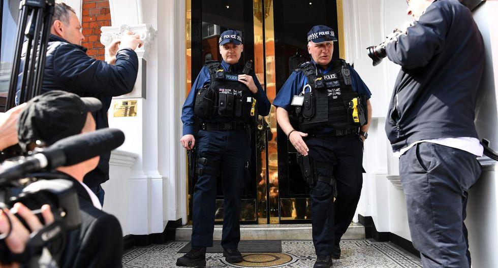 Contactada por la AFP, tampoco hizo comentarios la embajada en Londres de Estados Unidos. (Foto: EFE)