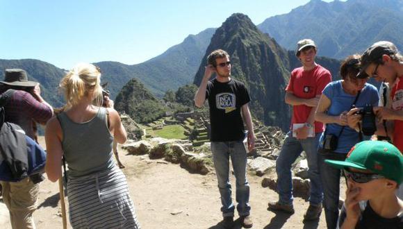 SOBRECOSTO. Los turistas tendrán que pagar más por visitar Perú. (Andina)