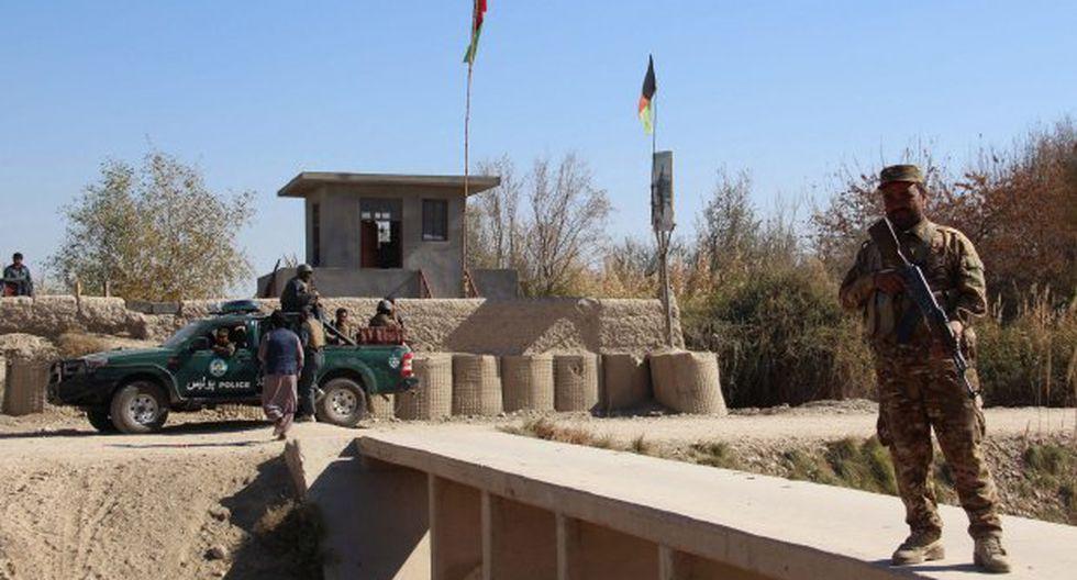 Las tropas afganas estaban llevando a cabo una ofensiva con asesores estadounidenses cuando fueron atacados por talibanes armados con lanzagranadas y ametralladoras. (Foto: EFE)