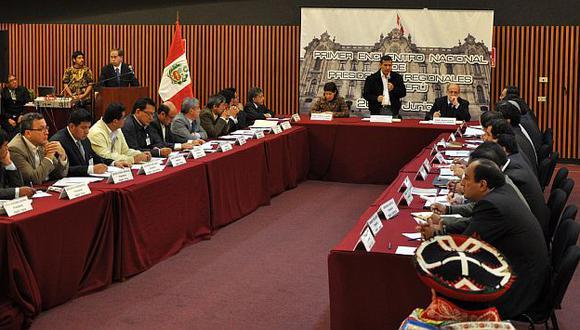 La iniciativa del premier Valdés no cayó bien entre los presidentes regionales. (Difusión)