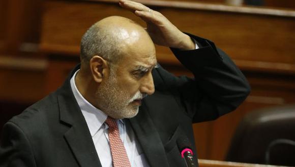 Ministro Mayorga seguirá en el cargo gracias a varios congresistas de oposición. (Martín Pauca)
