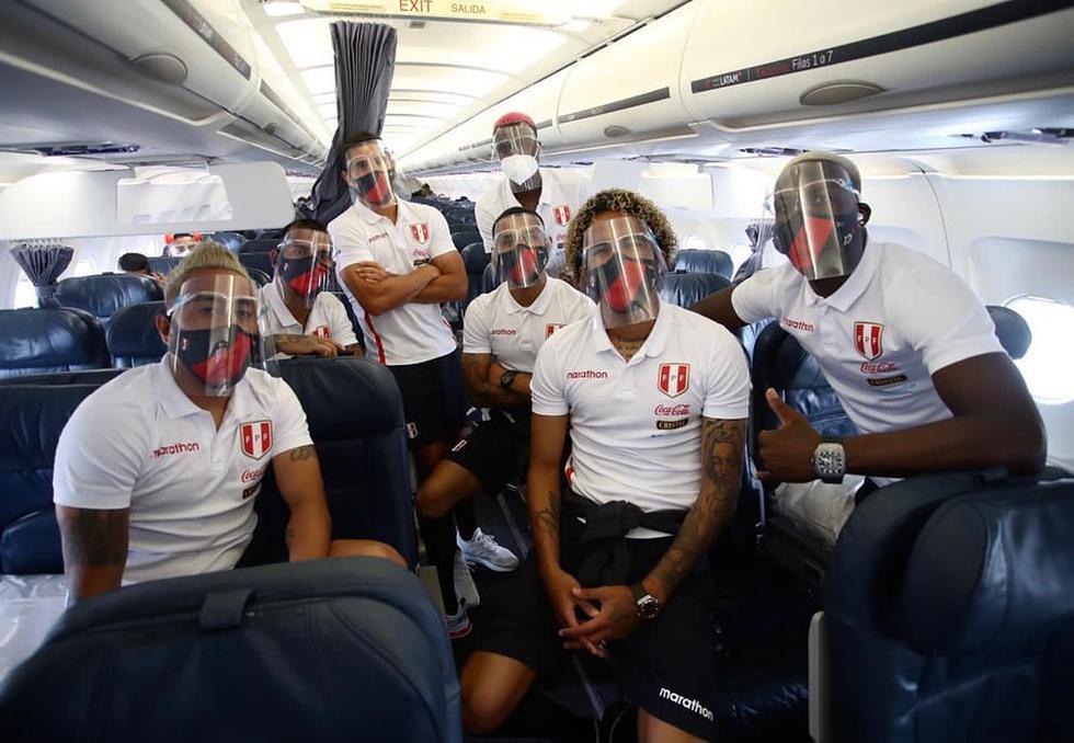 El equipo nacional está listo para enfrentar este viernes 13 de noviembre a su similar de Chile por la fecha 3 de la Eliminatorias Sudamericanas rumbo a Qatar 2022. Ramos, Advíncula, Cueva, Gallese, Flores se alistan para defender la blanquirroja.