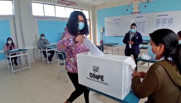 Más de 293 miembros de mesa han sido capacitados para las Elecciones Generales de este domingo 11 de abril. (Foto: ONPE)
