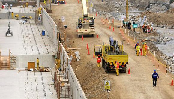 Se acelera. El Gobierno reduciría en 50% el tiempo de espera para aprobar un proyecto. (USI)
