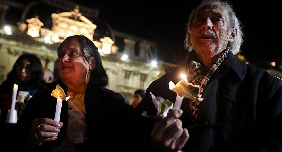Las protestas también se dieron en al menos 13 ciudades, como Viña del Mar, Valparaíso, Temuco, Chillán, Rancagua, Arica y Puerto Montt. | Foto: EFE