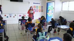 Chile retoma clases presenciales tras un año de ausencia por COVID-19