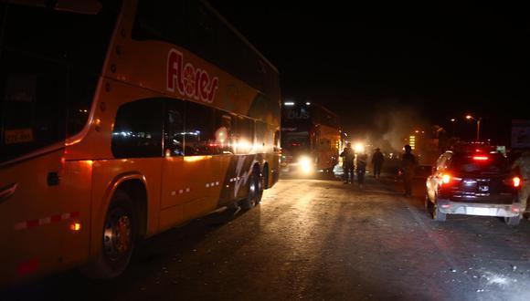 Los piquetes de la Panamericana Sur fueron desarticulados por miembros de la Policía (Hugo Curotto/GEC).