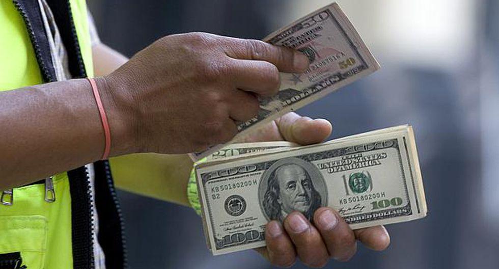 El tipo de cambio operaba a S/3.328 la compra y a S/3.329 la venta en el mercado paralelo este viernes. (Foto: GEC)