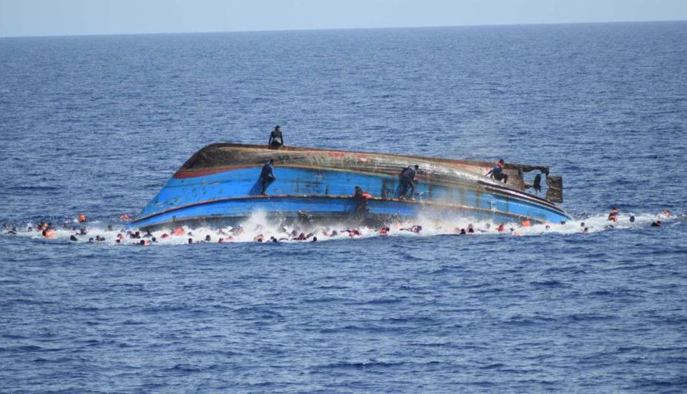 Libia: Unos 30 muertos dejó naufragio en mar Mediterráneo. (EFE)