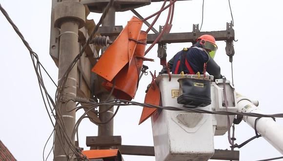 Enel detalló que desde el lunes 15 hasta el miércoles 17 de junio ejecutará trabajos de mantenimiento en las redes eléctricas de media y baja tensión en varios distritos. (Foto: Enel)