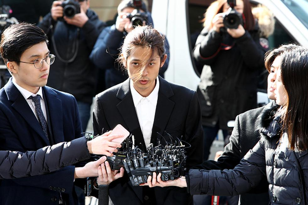 Jung Joon Young se presentó en la comisaría para ser interrogado sobre alegaciones de que filmó en secreto encuentros sexuales que luego compartió en grupos de chats. (Getty)