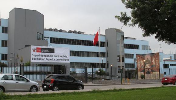 Estado peruano no reconocerá desde este lunes títulos emitidos por rectores 'rebeldes', advirtió la Sunedu. (Andina)