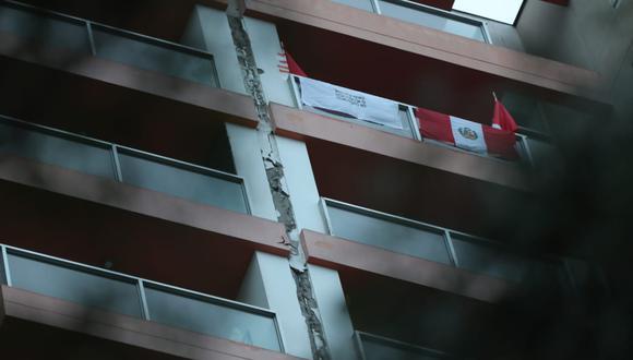 Junta sísmica en edificio de Jesús Maria quedó descubierta tras fuerte sismo en Cañete. (Lino Chipana/GEC)