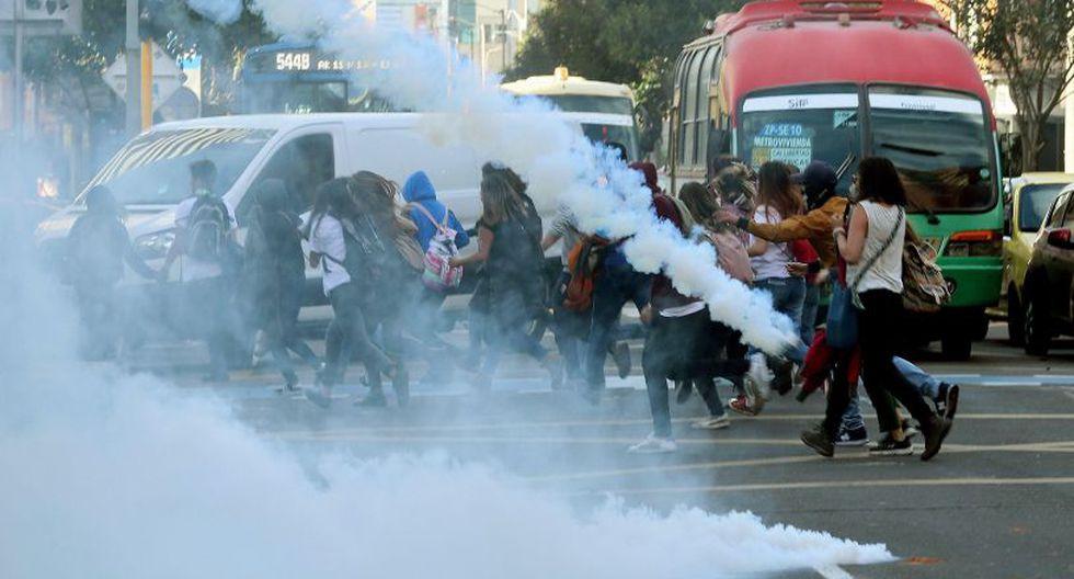 Incluso, protestaron en rechazo a los asesinatos sistemáticos de líderes sociales en Colombia.(Foto: EFE).