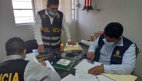 Fiscalía Anticorrupción detuvo al jefe de la comisaría de San Martín y al jefe de la Sección Tránsito en la misma sede policial. (Foto: PNP)