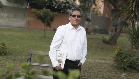 Marcel Velázquez Castro es autor del libro 'Hijos de la peste'.