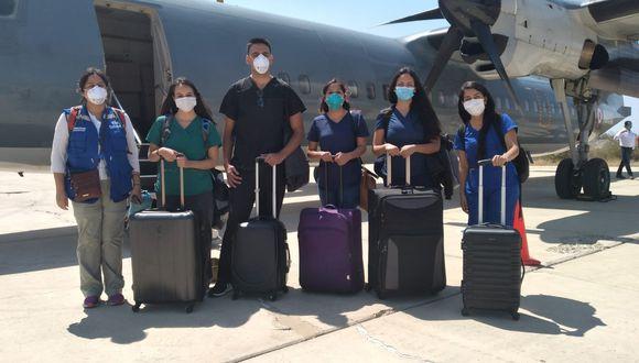 EN ACCIÓN. Son jóvenes profesionales con muchas ganas de apoyar en las ciudades más azotadas por el coronavirus. (Foto: Essalud)