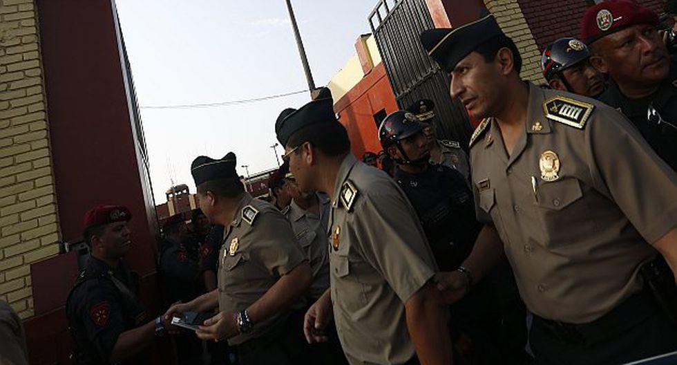 Conoce en qué casos los policías de franco o de vacaciones podrán trabajar para privados. (Piko Tamashiro/Perú21)