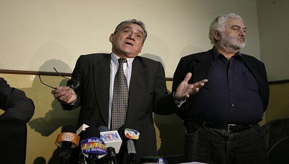 Alfredo Crespo y Manuel Fajardo, defensores del mayor criminal del Perú. (USI)