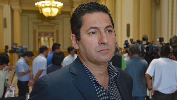 Congresista Salvador Heresi pidió disculpas por sus reacciones. (Foto: Agencia Andina)