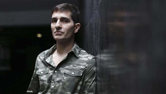 Javier Ponce, autor de la novela 'El cine malo es mejor', que ahora será traducida al alemán. (Foto: Renzo Salazar).