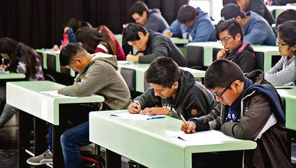 Beneficios. Los estudiantes no recibirán menos de una Remuneración Mínima Vital (S/930). (Eduardo Cavero)