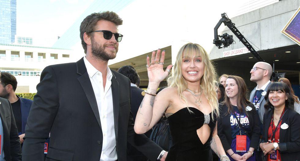 Miley Cyrus junto a su esposo, Liam Hemsworth, en el Avant Premiere de Avengers: Endgame. (Foto: AFP)