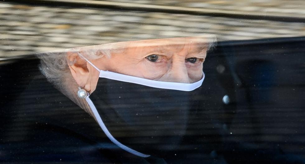 Imagen de la reina Isabel II. (LEON NEAL / varias fuentes / AFP).