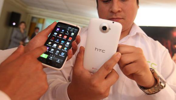 Usuarios pueden adquirir celulares desbloqueados. (Carolina Urra)