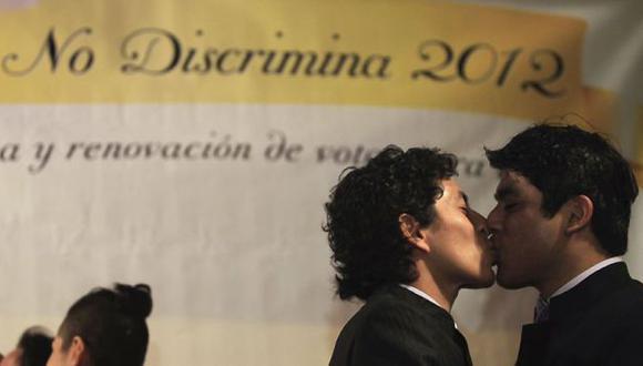 Cinco parejas del mismo sexo participaron de la ceremonia. (Reuters)