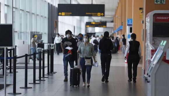 Las ciudades que tuvieron una mayor demanda de vuelos fueron Ámsterdam (Holanda) y París (Francia), pero como escala para vuelos de conexiones, y así llegar a destinos como Medio Oriente y Asia. (Foto: Hugo Perez / GEC)